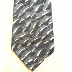 *World Wildlife Fund ~ Dolphins Tie, 100% Silk
